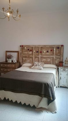 Old Doors, Suites, Headboards For Beds, Living Room Designs, Decoration, Diy Home Decor, Sweet Home, New Homes, House