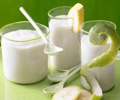 Kokos - Bananen - Smoothie Zutaten für Portion 1 kleine Banane ½ Limetten 1 EL getrocknete Cranberry 150 ml Kokosmilch (1,9 % Fett; Tetrapak) 2 EL Joghurt (1,5 % Fett)