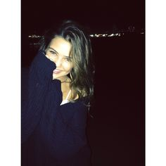 Danielle Campbell News : Photo