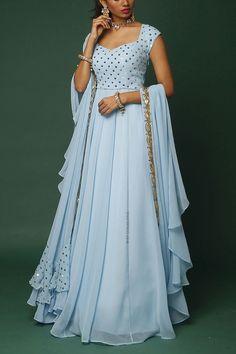 New Ideas Long Dress Maxi Classy Party Wear Indian Dresses, Designer Party Wear Dresses, Indian Gowns Dresses, Dress Indian Style, Indian Fashion Dresses, Indian Designer Outfits, Indian Outfits, Fashion Outfits, Stylish Dresses For Girls