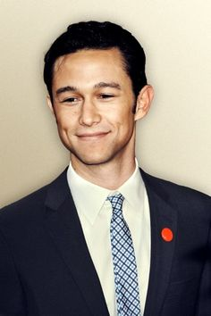 Joseph Gordon Levitt makes me smile and swoon and other things that are private, please.