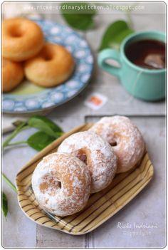 Old Fashion Sugar Coat Donuts Donut Recipes, Cookie Recipes, Snack Recipes, Snacks, Bread Recipes, Potato Doughnuts Recipe, Soft Bread Recipe, Traditional Cakes, Indonesian Food