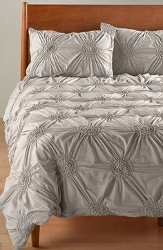 Free shipping and returns on Nordstrom at Home 'Chloe' Duvet Cover at Nordstrom.com. Made from dreamy cotton voile in a choice of versatile solids, a shabby-chic duvet cover is beautifully textured with a gathered and tucked medallion design.