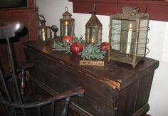 antique lanterns (Early New England picture trail) Decor, Primitive Decorating, Primitive Christmas, Primitive Lighting, Primitive Lamps, Cozy House, Home Decor, Colonial Decor, Country Deco