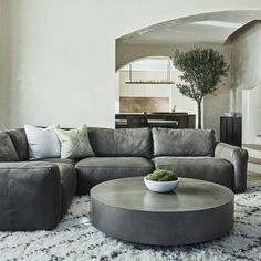 Attractive Concrete Coffee Table Design Ideas You Must Try 35 Round Black Coffee Table, Unique Coffee Table, Round Coffee Table, Coffee Table Design, Concrete Coffee Table, Concrete Furniture, Urban Furniture, Diy Furniture, Modular Sofa