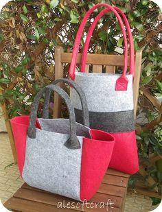 Ale soft craft – feltro , – Purses And Handbags Diy Felt Purse, Felt Bags, Diy Tote Bag, Diy Handbag, Purse Patterns, Felt Patterns, Patchwork Bags, Fabric Bags, Handmade Bags