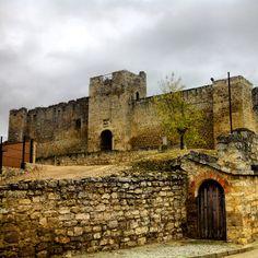 Castillo y Bodega de Trigueros del Valle