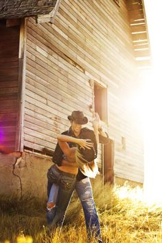 I kinda want a Western themed engagement shoot...