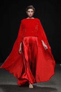 Modest Fashion, High Fashion, Fashion Dresses, Couture Fashion, Runway Fashion, Womens Fashion, Beautiful Gowns, Beautiful Outfits, Looks Style