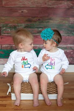 Great gifts for baby.Like this long sleeve shirts?