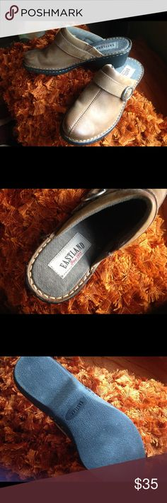 🛍🛍🛍 PRICE REDUCED Eastland Leather Mules These comfy fabric lined leather mules will keep your feet warm and cozy when it's cold.  Nearly new - worn only a few times. Eastland Shoes Mules & Clogs