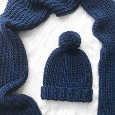 This is the matching beanie for my Blue Steel scarf – pattern here. This pattern uses a soft and chunky yarn from the Women's Institute collection making it squishy and warm for the win… Beanie Knitting Patterns Free, Knit Beanie Pattern, Beginner Knitting Patterns, Baby Knitting, Knitting Ideas, Hat Patterns, Knitting Projects, Free Knitting, Knitting Paterns