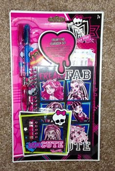 Monster High Freaky Fab Fearbook Set