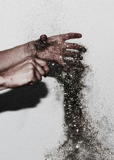 Another image of glitter, this time only photographing the hands. The glitter adds different color values to this image that would have been lacking without an added element. Pink Lila, Adrien Agreste, Jolie Photo, The Villain, Picsart, Artsy, Inspiration, Black And White, Life