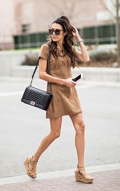 street style vestido suéde caramelo