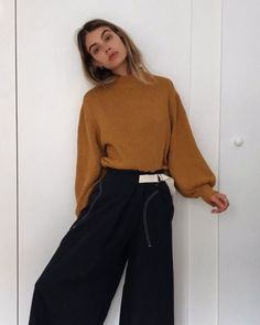 FW trends and outfits New Teen Fashion, Womens Fashion, Fashion Trends, Fashion Ideas, New Outfits, Chic Outfits, Joanna Halpin, Fashion Seasons, Normcore