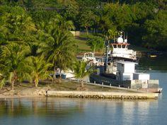 Mohageny Bay, Roatan, Honduras