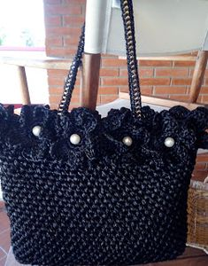 Crotchet Bags, Knitted Bags, Crochet Handbags, Crochet Purses, Crochet Crafts, Knit Crochet, Handmade Fabric Bags, Crochet Turtle, Beginner Crochet Projects