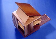 Revolving bookcase Victorian | allende arquitectos 1985