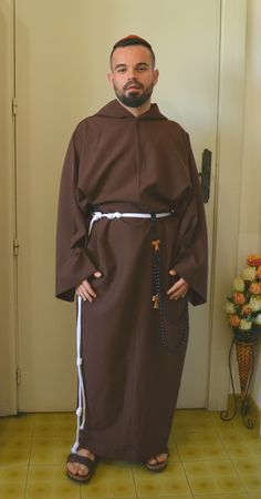 Catholic Orders, Roman Catholic, Dresses, Fashion, Jesus Pictures, Vestidos, Moda, Catholic, Fashion Styles