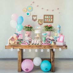surprise birthday for him Birthday Party Snacks, Girl Birthday Themes, Birthday Table, 22nd Birthday, Surprise Birthday, Birthday Favors, Frozen Birthday Decorations, Christmas Decorations To Make, Christmas Diy