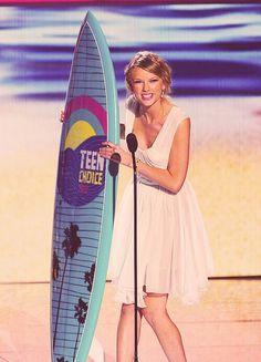 Taylor swift teen choice award