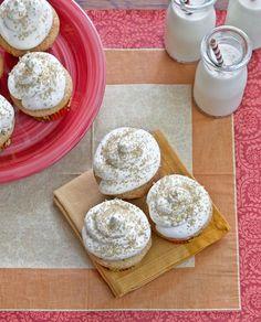 Spiced Eggnog Cupcakes with Vanilla Rum Swiss Buttercream