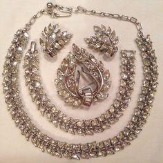 Vintage Crown Trifari Rhinestone Necklace Bracelet Brooch Clip Earrings Set #Trifari