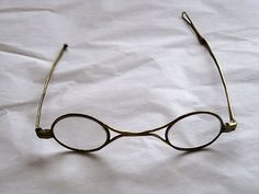 Dating antique eyeglasses