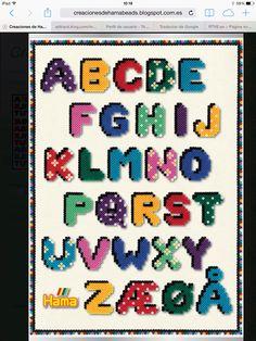 Alfabeto Hama Beads Melty Bead Patterns, Hama Beads Patterns, Beading Patterns, Perler Bead Mario, Diy Perler Beads, Mini Hama Beads, Hama Mini, Abc Poster, Hama Beads Design