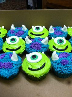 Monster Inc cupcakes Monster Cupcakes, Monster Party, Monster University Cupcakes, Monsters Inc Cupcakes, Monster University Birthday, Monster Inc Cakes, Monster 1st Birthdays, Monster Birthday Parties, 2nd Birthday Parties