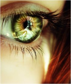 Green eye! Dark eyelashes, orange hair!