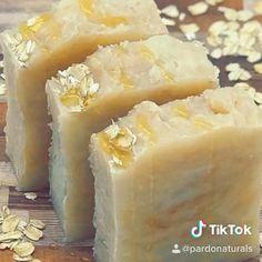 Handmade Soap Packaging, Handmade Soap Recipes, Soap Making Recipes, Handmade Soaps, Honey Soap, Milk Soap, Milk And Honey, Natural Life, Home Made Soap