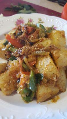 Potato & all color pepper fry