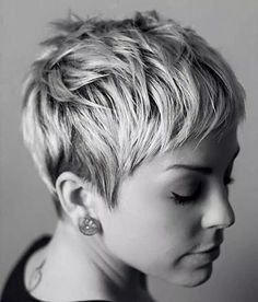 50 Pixie Haircuts You'll See Trending in 2019 pixie cut haircuts thin hair - Thin Hair Cuts Short Blonde Pixie, Short Pixie Haircuts, Pixie Hairstyles, Long Pixie, Blonde Pixie Haircut, Haircut Short, Platinum Blonde Pixie, Brunette Pixie, Pixie Haircut Styles