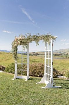 Unique stunning wedding backdrop ideas 20