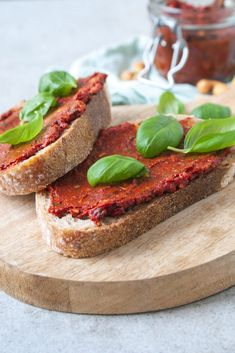 best=Vegan rode pesto Zonderzooi Gezonde recepten Duurzame lifestyle , from the ever-popular high-low prom dresses, to fun and flirty short prom dresses and elegant long prom gowns. Healthy Sandwich Fillings, Healthy Sandwiches, Easy Healthy Recipes, Healthy Cooking, Healthy Snacks, Healthy Eating, No Dairy Recipes, Vegan Recipes, Diet Recipes