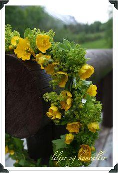 :) Wreath