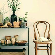 Arte em Palha (Empalhamentos, Itu/SP) • Cel/Whats: 11 97040-6441 • Tel: 11 4025-2175 • Instagram: #arteempalha  #cadeira #palhinha #vintage #cottage #decor #decoração #silla #restore #rejilla #caning #chair #chaircaning #decorada #decorations #interiors #interiordecor #homedecor #bomdiaaa #bomdiaa #bomdia #bonjour #buongiorno #buendia #goodmorning #follow4follow #photo