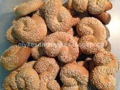 γλυκές δημιουργίες: Κουλουράκια Με Ρετσίνα (νηστίσιμα)