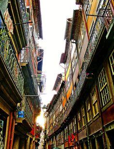En las calles de Oporto , Portugal