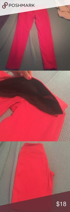 Hot pink work out leggings! Size is medium, but there are no size tags. These are like new. I wore them once. I just prefer to wore shorts when I run. Let me know if you have any questions! These are not lulu lululemon athletica Pants Leggings