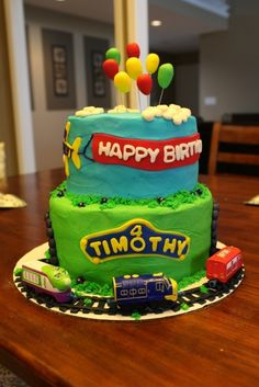 A Chuggington Cake Topper Kit for less than 8 Use your