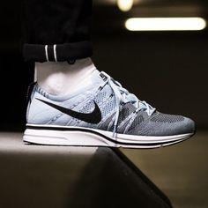 Nike Flyknit Trainer Cirrus Blue / Black / White Now Style Code : Nike Flyknit Trainer, Latest Sneakers, Sneakers Nike, White Now, Black And White, Sneaker Release, Nike Free, Street Style, Street Fashion