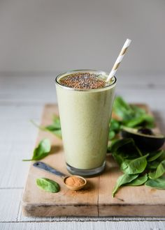 Gingerbread Cookie Smoothie with Cashew Milk