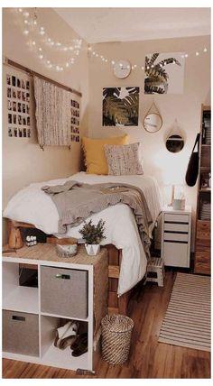 College Bedroom Decor, Room Ideas Bedroom, Small Room Bedroom, Dorm Rooms, Bedroom Inspo, Bedrooms Ideas For Small Rooms, Cool Rooms For Teenagers, Boho Teen Bedroom, College Bedrooms