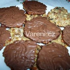 Fotografie receptu: Ivetiny marokánky Czech Desserts, Sweet Desserts, Sweet Recipes, Czech Recipes, Russian Recipes, Oreo Cupcakes, Sweet Cookies, Christmas Sweets, Graham Crackers