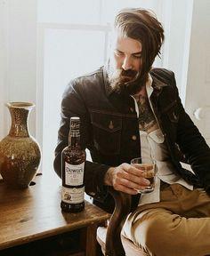 """1,984 Likes, 4 Comments - Beardsandinks (@stylish_beards_and_inks) on Instagram: """"Double tap for more beard pictures  _ #Beardedman #Beardedface #beardgang #beardsofinstagram…"""""""