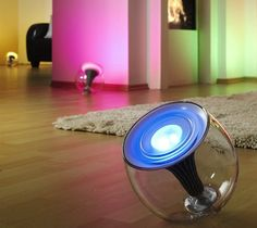 Philips LivingColors Translucent Changing LED Lamp   The Gadget Flow