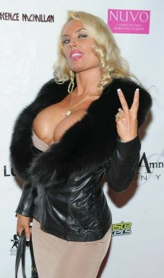 Boycott Coco Austin for wearing fur! I mean, she already looks terrible, but could she look any worse?!